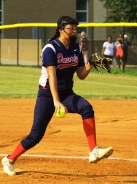 Dunwoody's Kayla Chiang pitched a three-hit shutout in the Lady Wildcats' 9-0 win on Monday at Lakeside.