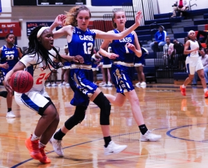 Columbia's Shontrice Austin (24) had 10 points and 10 rebounds in the Lady Eagles' 59-43 win over the Cass Lady Colonels. (Photo by Mark Brock)