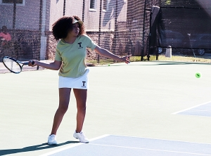 Tucker's Trinyty Turner rallied from one set down to clinch a 3-2 Tucker win over Greenbrier in the Class 6A girls' state playoffs. (Photo by Mark Brock)