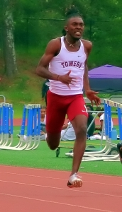 Quandarius Patrick won the re-running of the 110-meter hurdles at the Class 2A State Track Meet. (Photo by Mark Brock)