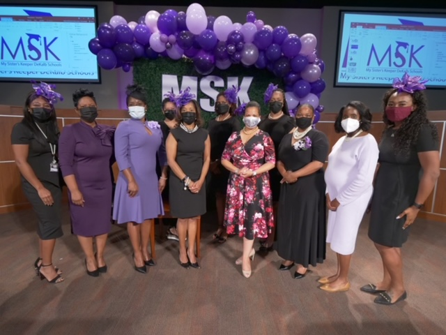 women-mentors-and-mrs.-harris-at-my-sisters-keeper-event